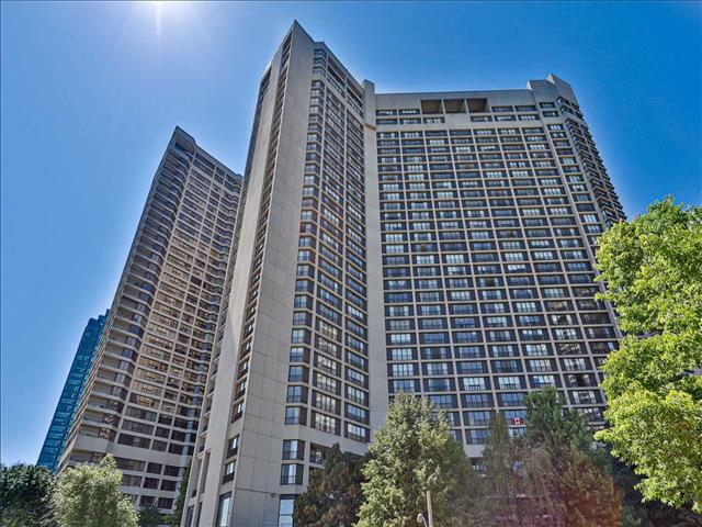 33 Harbour Sq W Toronto