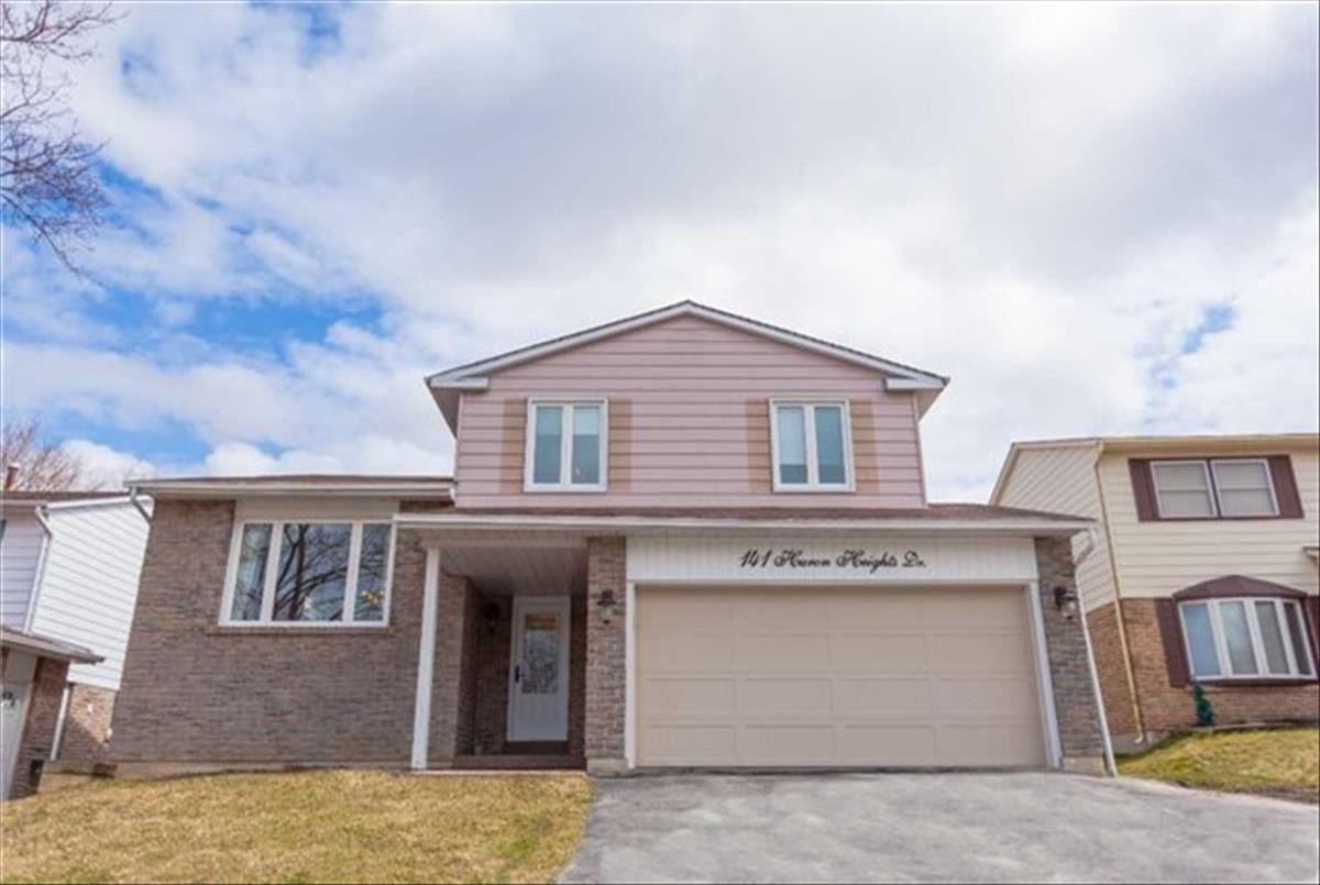 141 Huron Heights Newmarket  Reza Abolghassem